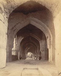 Corridor of the first storey (south) of the Raja Mahal, Chandragiri, North Arcot District